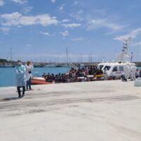 Sbarco di migranti in provincia di Reggio Calabria. Salvati in mare