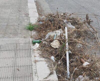 Rifiuti Viale Calabria Via Palmi